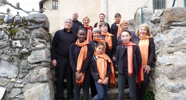 Les choristes à l'issue de l'enregistrement. Photo CB.