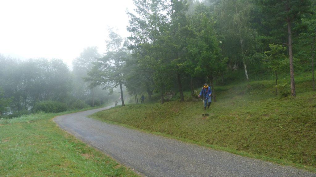 Nettoyage du château de Miglos - 24 juillet 2020 © AACM photos CB